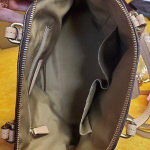 Coach Bags - Coach Peyton Signature Cora Bag F26184